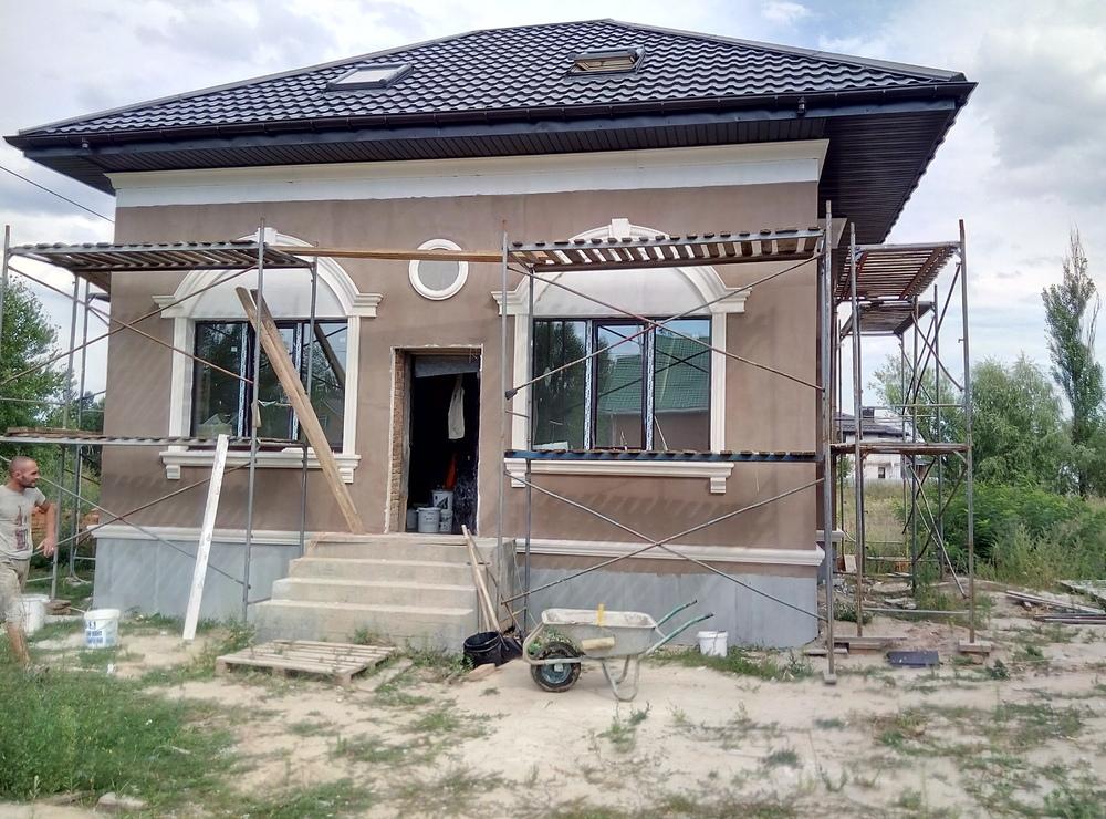 Фасадный декор — правила монтажа